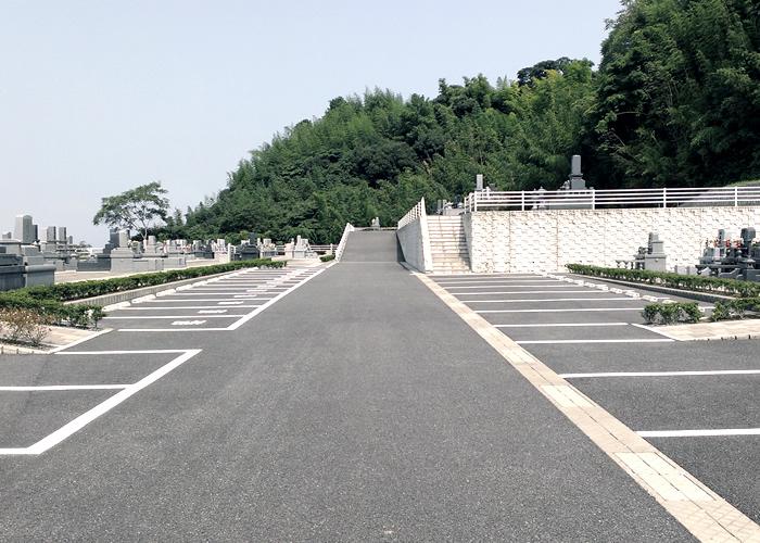 鶴崎みはらし台墓苑の駐車場