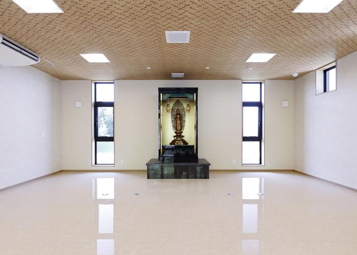 施設内に設置されている阿弥陀堂の様子
