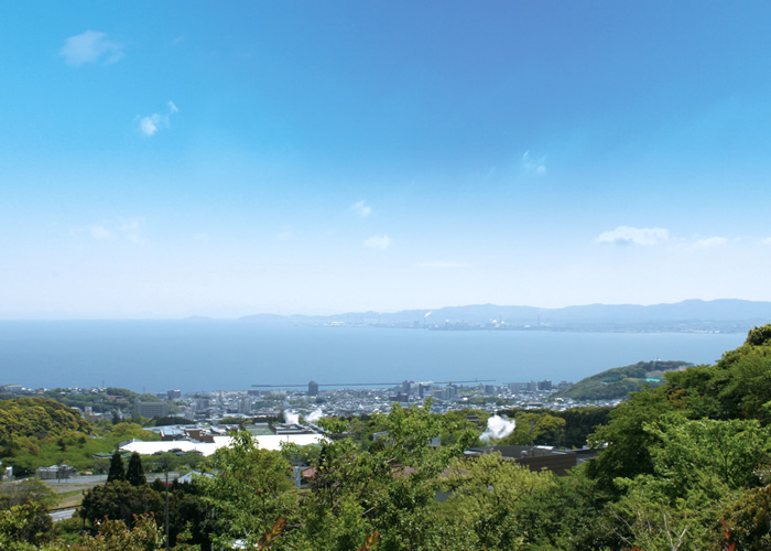 鶴見やすらぎ霊園から見える別府湾