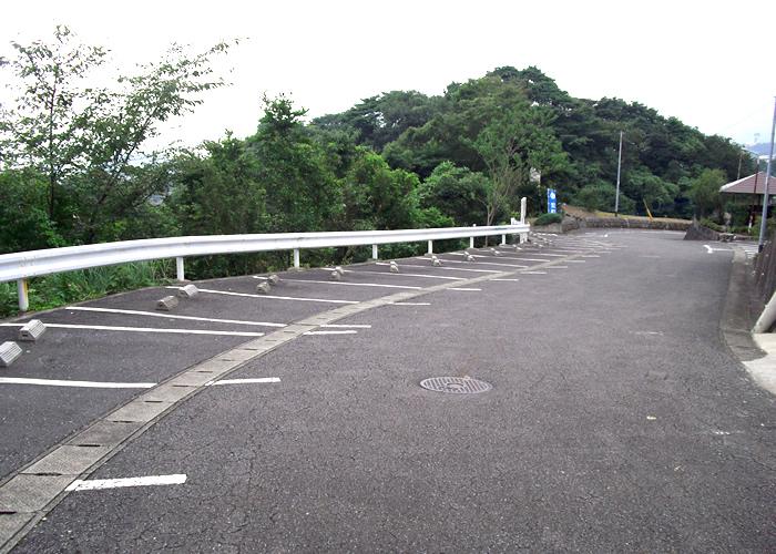 鶴見やすらぎ霊園の駐車場